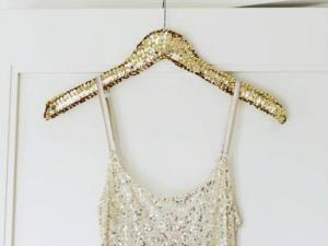 Original_Camille-Styles-new-years-eve-glitter-party-dress-hanger-2_v.jpg.rend.hgtvcom.616.462